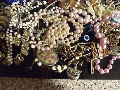 job lot of broken costume jewellery 743 grams