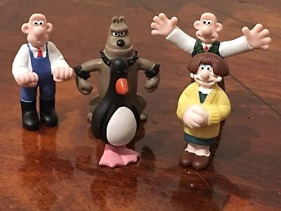 Lot of 5 VTG Wallace & Gromit Toy Figurines PVC 1989