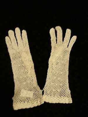 Vintage Ladies' Hand Crochet White Cotton Gloves - Womens small - medium size