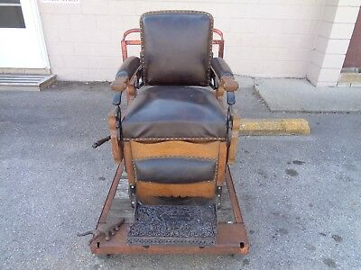 "Antique Koken Oak ""congress"" Hydraulic Barbers Chair Very Nice Original Works"