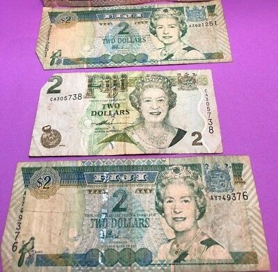 FIJI  $2 Notes - 3 notes - Circulated