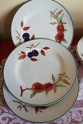 "Set of 3 Royal Worcester Evesham Gold 10"" Dinner Plates (1st Q)"