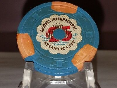 Resorts Rare Shoe chip Atlantic City AC $25.00 chip. Combine S&H available