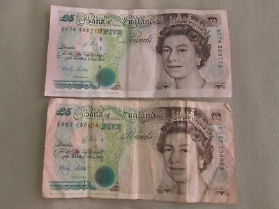 Two 5 pound notes from 1990 - Bank of England currency - British English money