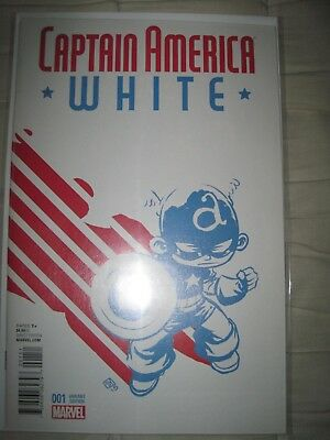 Captain America White 1 Skottie Young Variant -  Near Mint