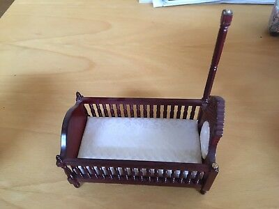 Dolls House Miniature COT 12th scale Damaged****
