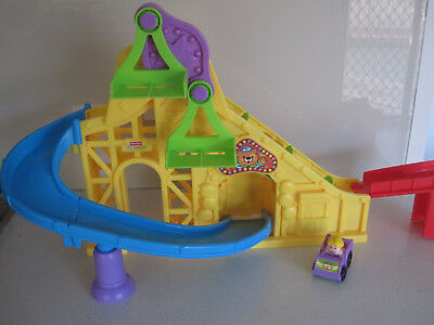 Fisher Price Little People Wheelies Roller Coaster ~ As New