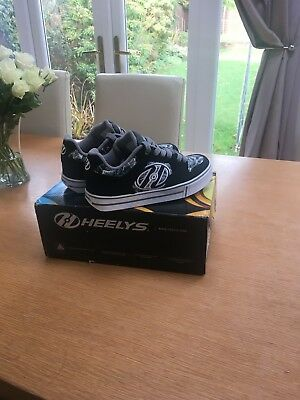 New Heelys Black and White Trainers Size 3