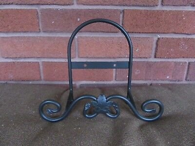 Longaberger Wrought Iron Small Easel / Plate Stand