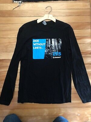 """New-Old-Stock Giant Bicycle T-Shirt Size Large """"27.5 Ride Without Limits"""""""