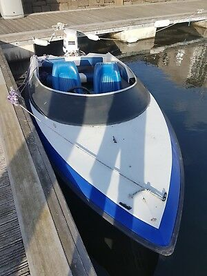 Speed Boat. 15ft long with Johnson 70hp Outboard, with Trailer.