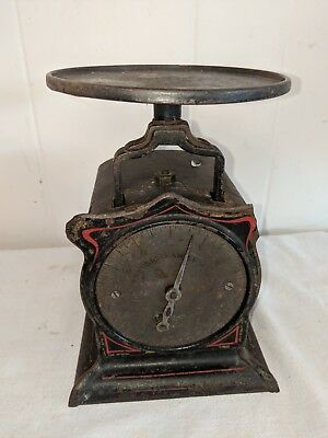 Vtg Turnbull's Family Antique 12 Pound Scale with Pinstriping has small break