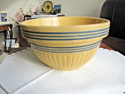 Vintage Yellow Ware 10 1/2 Inch Mixing Bowl/ Blue Concentric Stripes