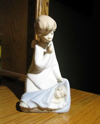 Lladro Guardian Angel with Child Sleeping Baby Spanish Porcelain