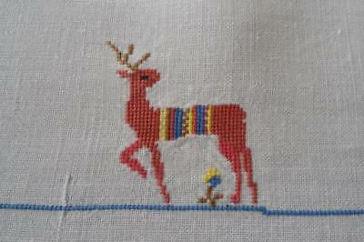 """Vintage Linen Petite Point Embroidered Tablecloth Reindeer Bird Houses 53"""""""