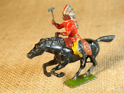 Original vintage Britains galloping indian with moveable arm holding hatchet