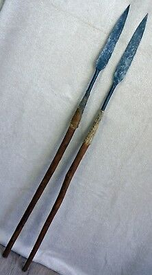 A PAIR OF 20th CENTURY ZULU STABBING SPEARS NKWALINI VALLEY, ZULULAND