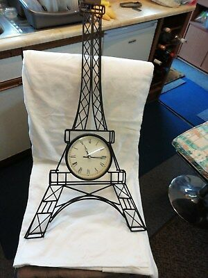 (239)     Wall Clock Replica Of The Ifal Tower In France Quartz Battery Movement