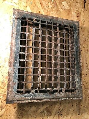 N 26 Antique Sheet Metal Heating Grate With Fins