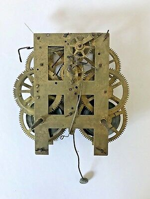 Antique New Haven Shelf/Parlour/Wall Clock Movement