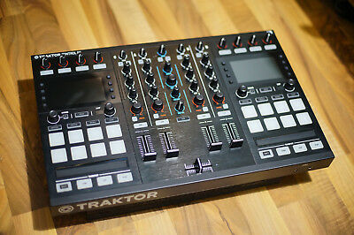 Native Instruments Traktor Kontrol S5 4 Channel DJ System - Pristine Condition