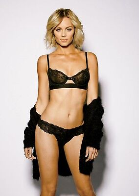 GLOSSY PHOTO PICTURE 8x10 Laura Vandervoort Beautiful With Black Lingerie