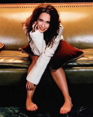 GLOSSY PHOTO PICTURE 8x10 Jennifer Love Hewitt Tender With Hand On Cheek