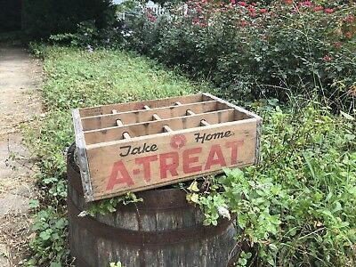 Vintage A-TREAT Wooden 12 Slot Soda Bottle Carrying Case Crate Allentown, PA.