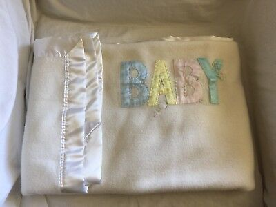 QUILTEX Vtg Off White Ivory BABY Letters BLANKET Satin Trim Rattle Safety Pin