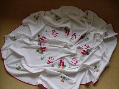"""Vintage Linen Embroidered Table Cloth. White Round. Christmas.62"""" Diam"""