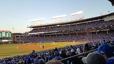 2 Chicago Cubs vs Arizona Diamondbacks 4/19/2019 Wrigley Field