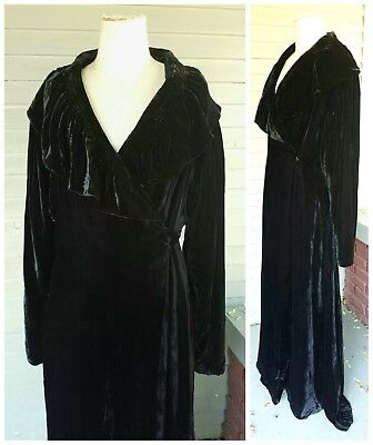 Vintage Art Deco 1920's 1930s Silk Velvet Opera Coat Robe Jacket Dress Gown