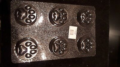 New paw print themed un-used Soap, candle, jelly or cake mold