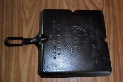 Vintage Griswold Colonial Square Cast Iron Breakfast Skillet, Patent #666