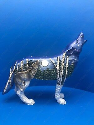 """Call Of The Wolf """"Wild"""" Resin Figurine By Westland Giftware Item No.19337"""