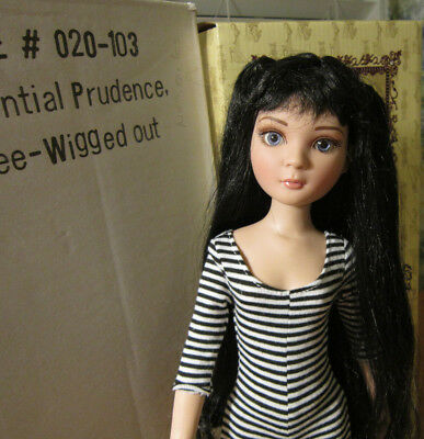Essential Prudence Three Wigged Out Doll Wig Outfit Box Ellowyne Wilde Tonner