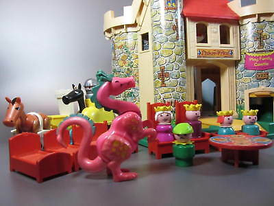 Vintage FISHER PRICE TOYS Play Family Castle # 993 Little People Dragon Knight