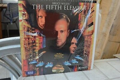 The Fifth Element - Double LaserDisc - Like NEW - mmoetwil@hotmail.com