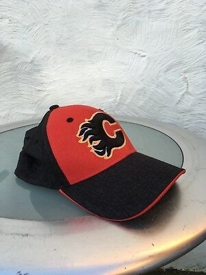 Calgary Flames M/L Hat (New Without Tags)