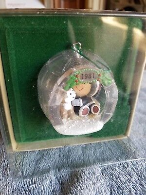 Frosty Friends 1981 Ornament Dated Hallmark Collector's Series - Eskimo in Igloo