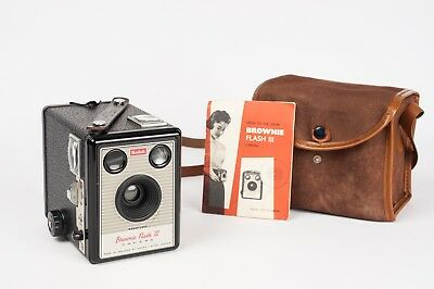 kodak Brownie Flash III box camera for 620 film format