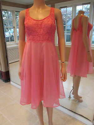 VINTAGE nylon & lace VANITY FAIR BABY DOLL HOT PINK NIGHT GOWN 1960s sz 34