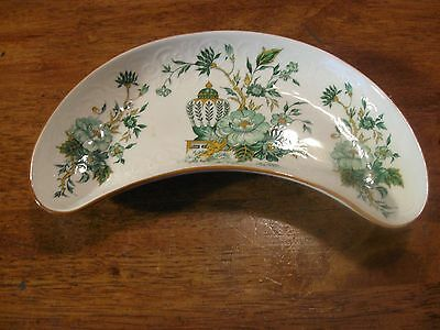 "CROWN STAFFORDSHIRE ENGLAND KOWLOON CRESCENT DISH- BONE PLATE 7"" x 3"""