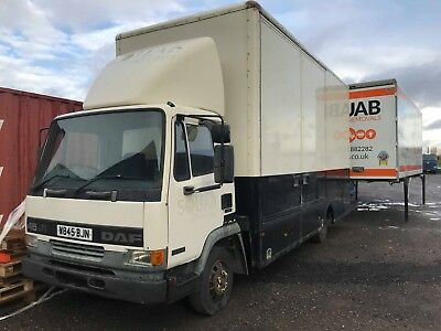 7.5T Removal lorry DAF 3 container door with ramps