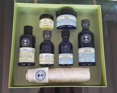 Neal's Yard Remedies Mother & Baby Gift Set