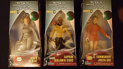 """3 Playmates 9 Inch Figuren Warp Factor Series 4 Original Verpackt"""