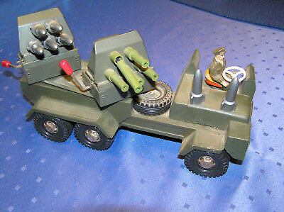 STRENCO Raketenwerfer Metall-Kunststoff tin toy military rocket launcher