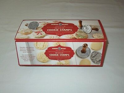 Nordic Ware 3 HOLIDAY COOKIE STAMPS ~ WREATH ~ SNOWFLAKE ~ GIFT TAG + Box