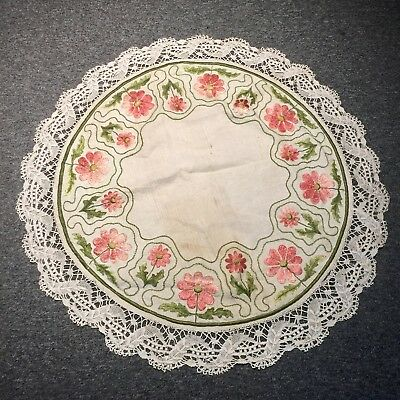 Antique Stickley Era Arts & Crafts 3D Embroidered LG table Round Oatmeal Linen