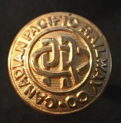 Canadian Pacific Railway Co. Coat Size Button